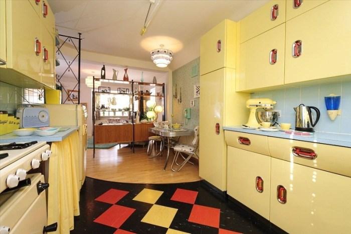 Кухня в стиле ретро пятидесятых