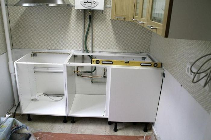 Установка кухни нижний ряд