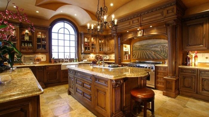 Элитная кухонная мебель из дерева