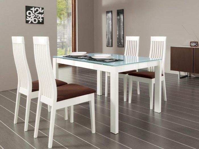 Стеклянный белый стол