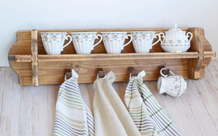 Декоративная полка для кухни