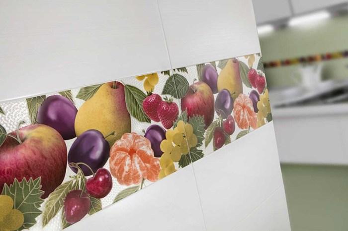 Плитка с фруктами