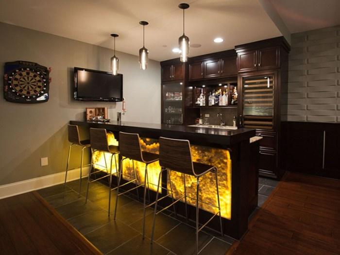 Барная стойка кухня атмосфера бара