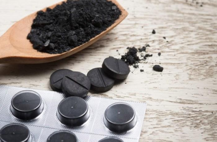 Активированный уголь подгорела кастрюля