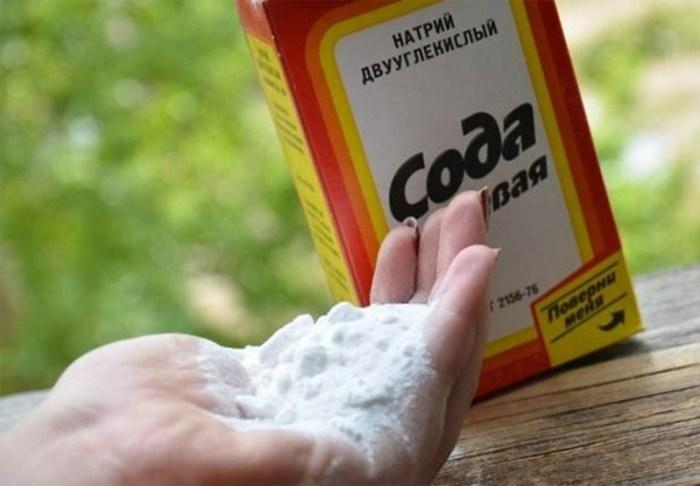 Сода для удаления нагара в кастрюле