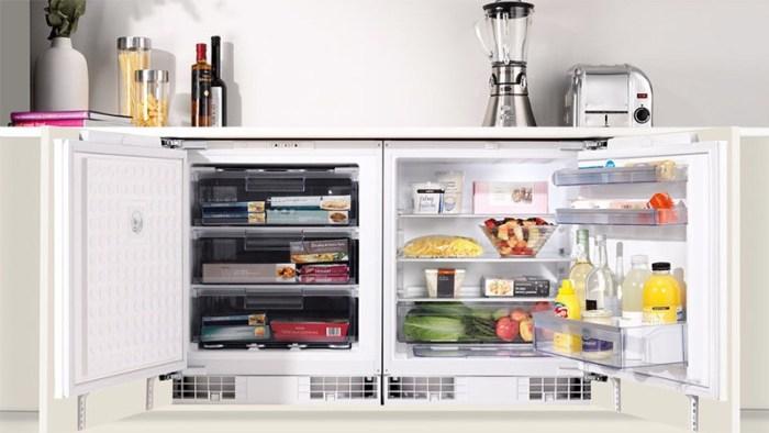Мини-холодильник с большим морозильным отделением под столешницей