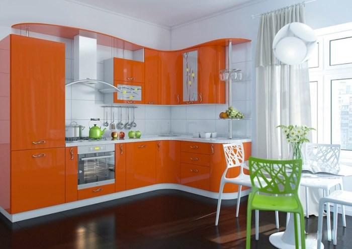 Оранжевая кухня в стиле модерн