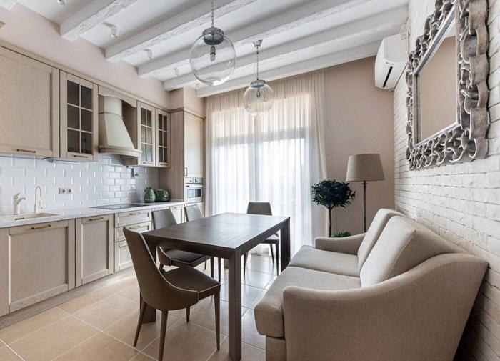 кухня с диваном в бежево-белых тонах