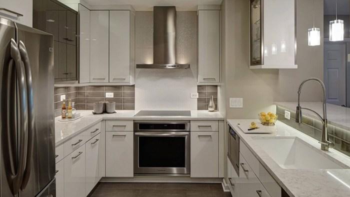 Кухня с плохим естественным освещением