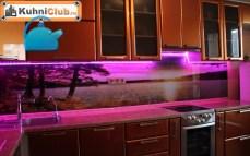 Сиреневая-подсветка-фартука-светодиодной-лентой