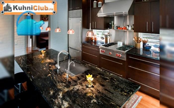 Черный-гранит-на-кухне