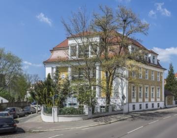 Halle_Ernst_König_Straße_11