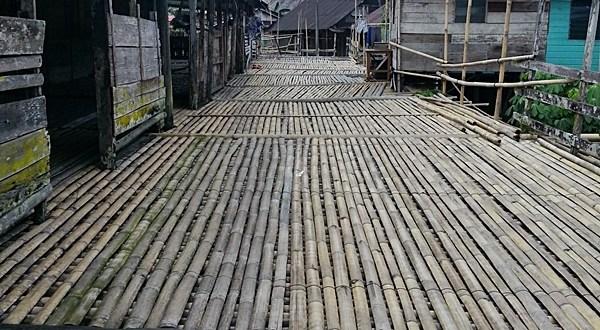 Melawat Rumah Panjang Titi Buluh  Etnik Bidayuh Di Homestay Kampung Benuk