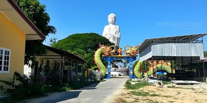 Wat Phothikyan Phut Thak Tham dan Satay Lanang Jabi