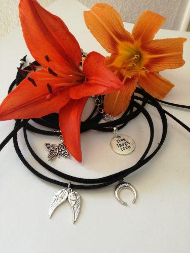 Čoker (ogrlica uz vrat)