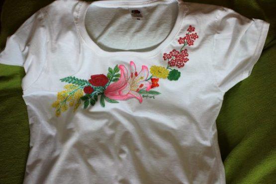 Ručno oslikana majica
