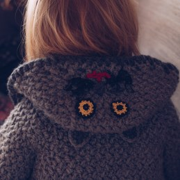 Pletena jaknica za bebe