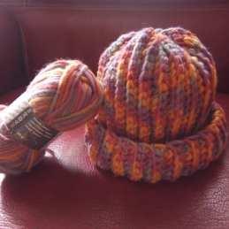 heklana kapa i rukavice