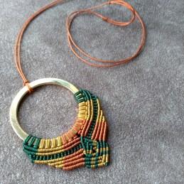 Unikatna makrame ogrlica
