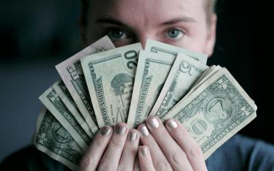 Miten passiivisia tuloja saa? Katso 7 parasta passiivista tulonlähdettä