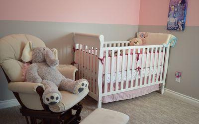 Mitä kaikkea vauva tarvitsee – vauvanhoitotarvikkeiden hankintalista