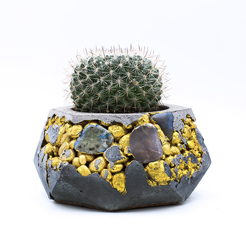 Planter Pot kintsugi Amsterdam Kalverstraat, grey color with mineral stones, and gold structure. Octogonal shape handmade in Berlin by Kula.