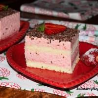 Ciasto z truskawkową pianką