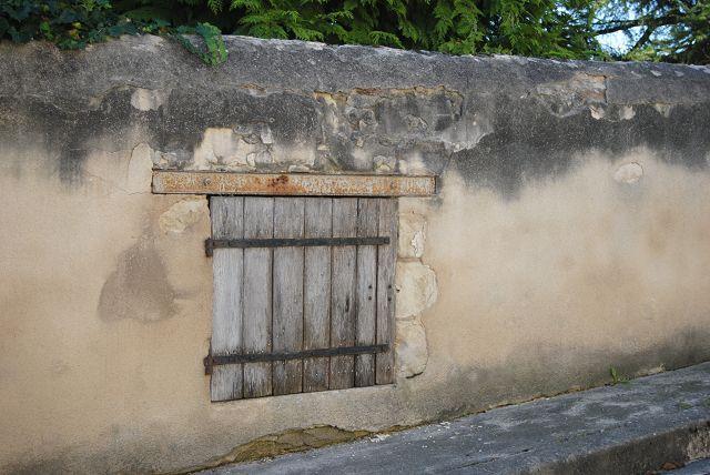k-05_Türe in Mauer