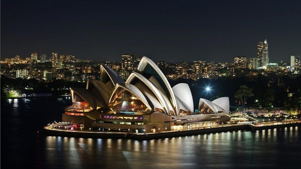 Sydney Opera House gewinnt Facebook Award mit #comeonin