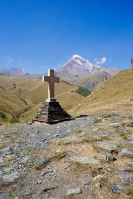 Wanderung zur Gergeti-Dreifaltigkeitskirche