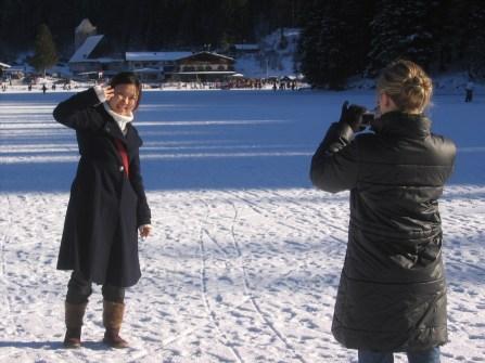 Lulu (l.) und Julia auf dem Spitzingsee 2006