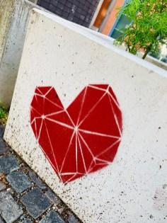 Ein Herz für München - gesehen in der Nähe des Kurfürstenplatzes