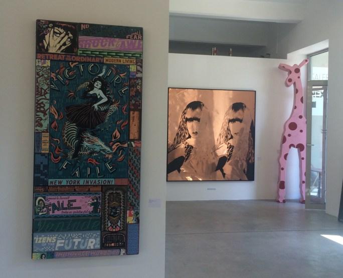 """Ausstellungsansicht mit """"Viktor & Awe"""" von Faile und XOOOOX """"Transformer II"""""""