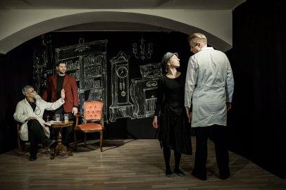 Alex Zakharov mit Kanstantsin Tsyrkun, Vladislav Kotlyarov und Anastasia Zorina