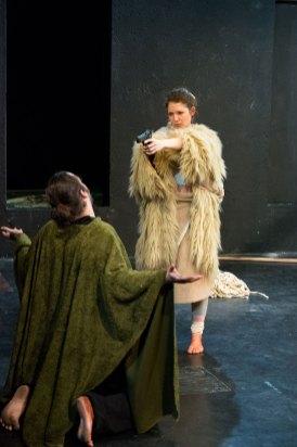 Henrietta Isabella Sophie Rauth als Anna und Kilian Klapper als Elias © Patrik Trotter