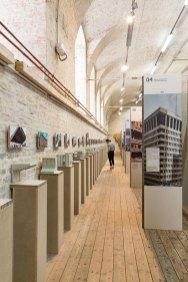 Ausstellungsansicht Beton-Miniaturen