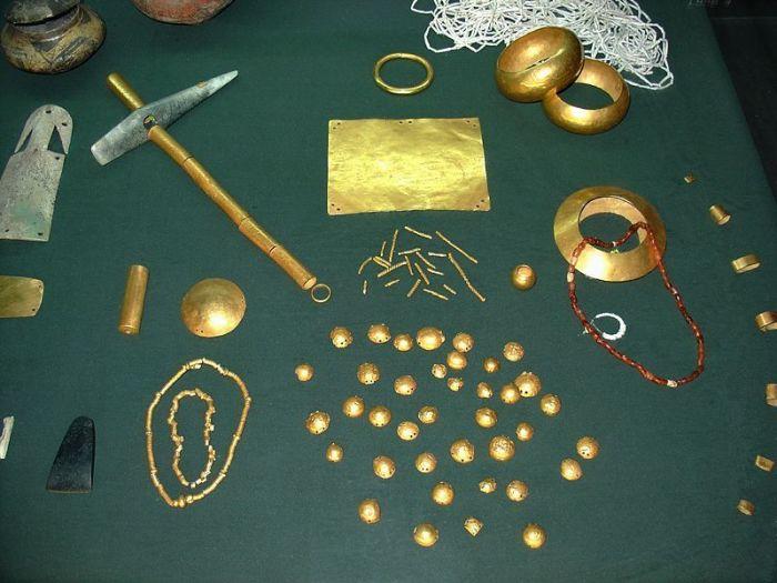 Часть артефактов Варны/Фото:most-interestingthings.com