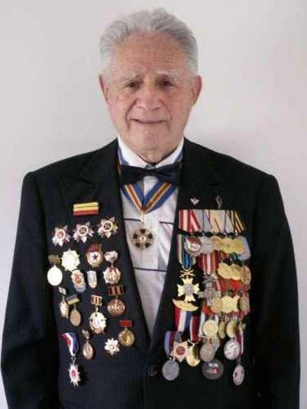 Ветеран войны Ион Лазаревич  Деген.
