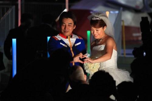 Wedding ceremony w/ Odaiba Gundam