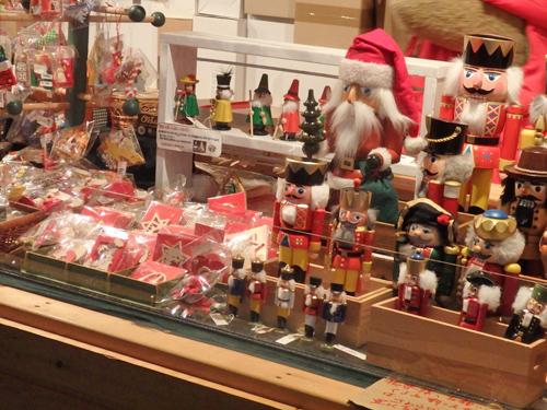 ドイツクリスマスマーケット大阪 木工芸品