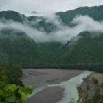 雨の「谷瀬のつり橋」も絶景!十津川村の名物は温泉とおでん!