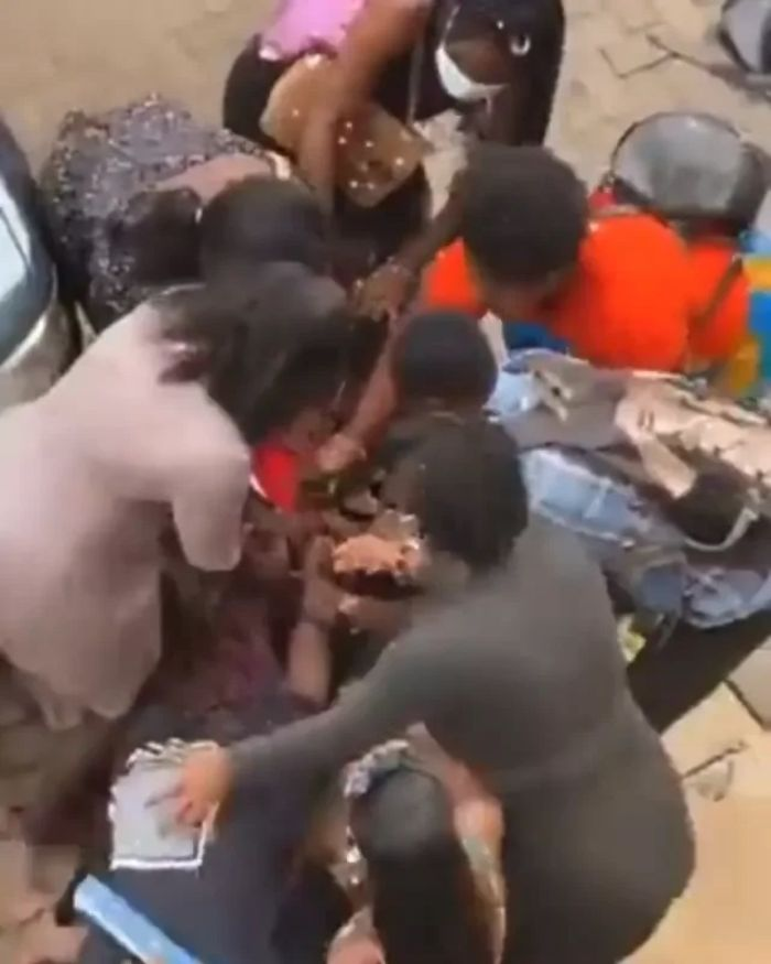 Two Ladies Fight Over A Guy on Accra Technical University Campus