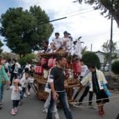 神田の横を通る子供地車