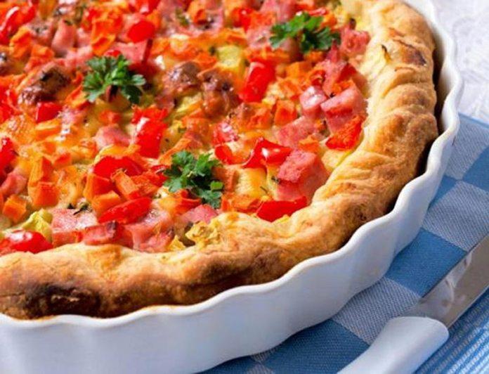 Мясной пирог с помидорами