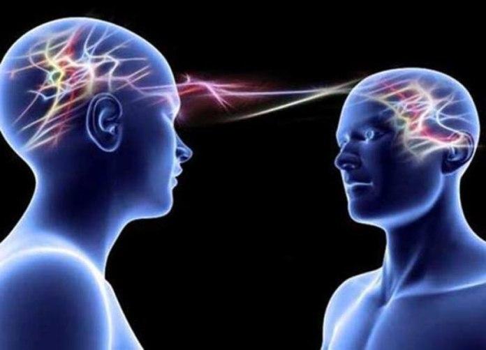 Ученые смогли передать мысли с помощью телепатии