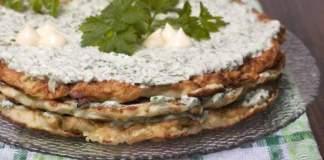 Кабачковый торт с майонезом, чесноком и зеленью