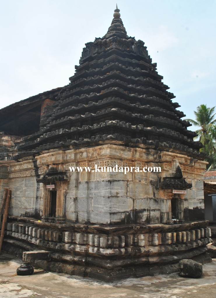 Byndoor seneshwara temple Wondeful art  (4)
