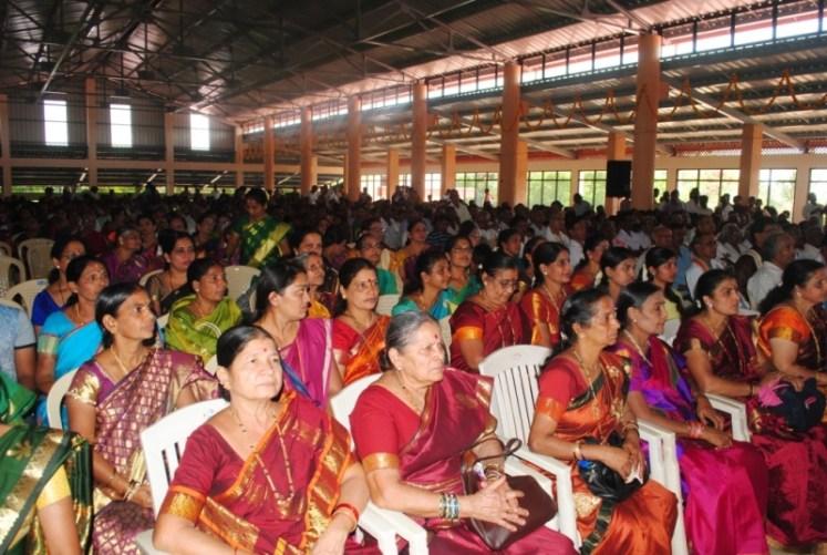 News_Pejavara shree honor at Kumbashi7
