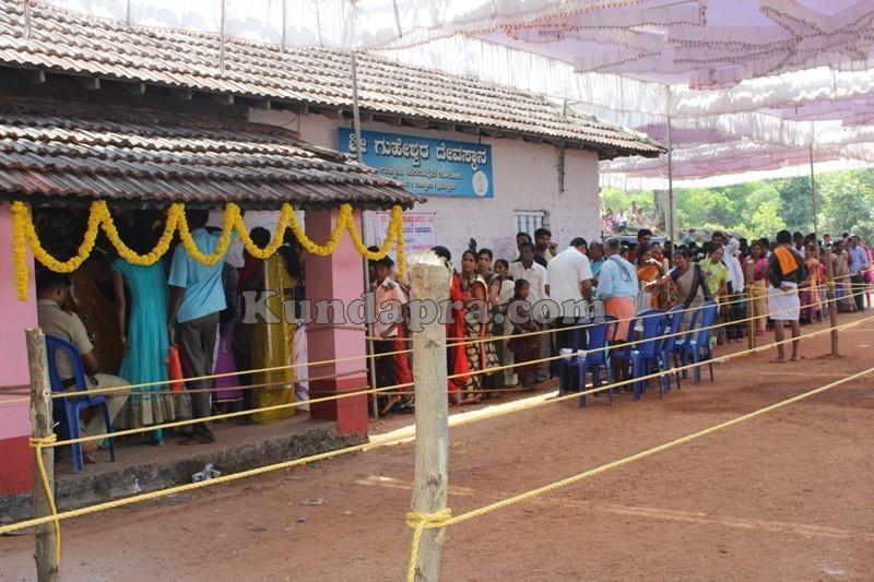 Shivarathri Special - Divotees Visited Shiva temple in Kundapura taluk (9)