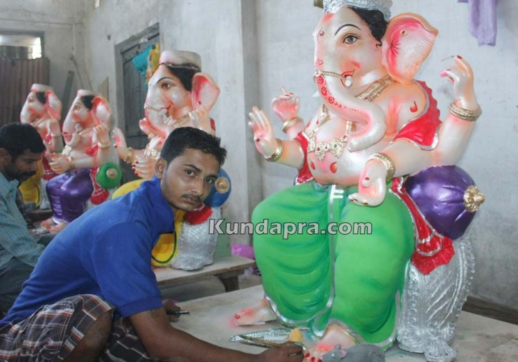 Kundapura ganesh idols makers Vasantha Gudigar made idols has demond in Hydarbad (17)
